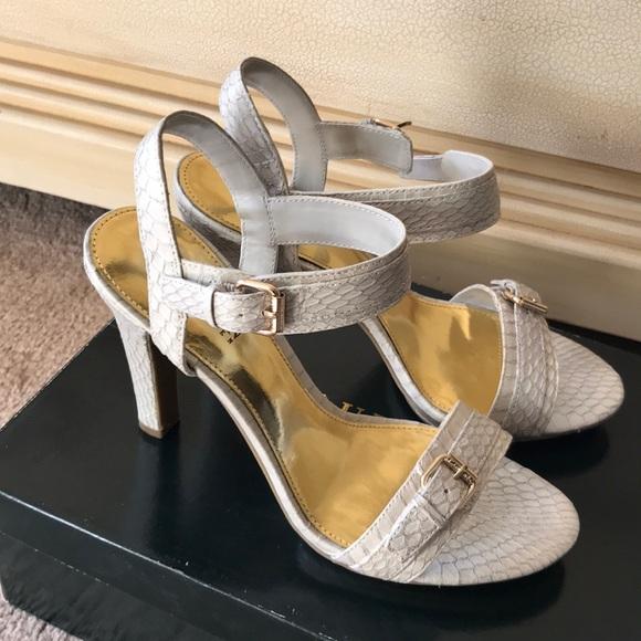 d0083e8b07e Lauren Ralph Lauren Hazel heeled sandal-NIB-7.5M